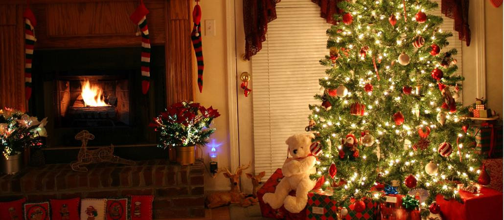 Grüne Gurke Im Weihnachtsbaum.Von Weihnachtsgurken Und Kindleinwiegen Katholisch De