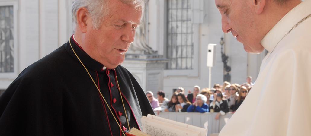 Kirche Eintreten Katholisch