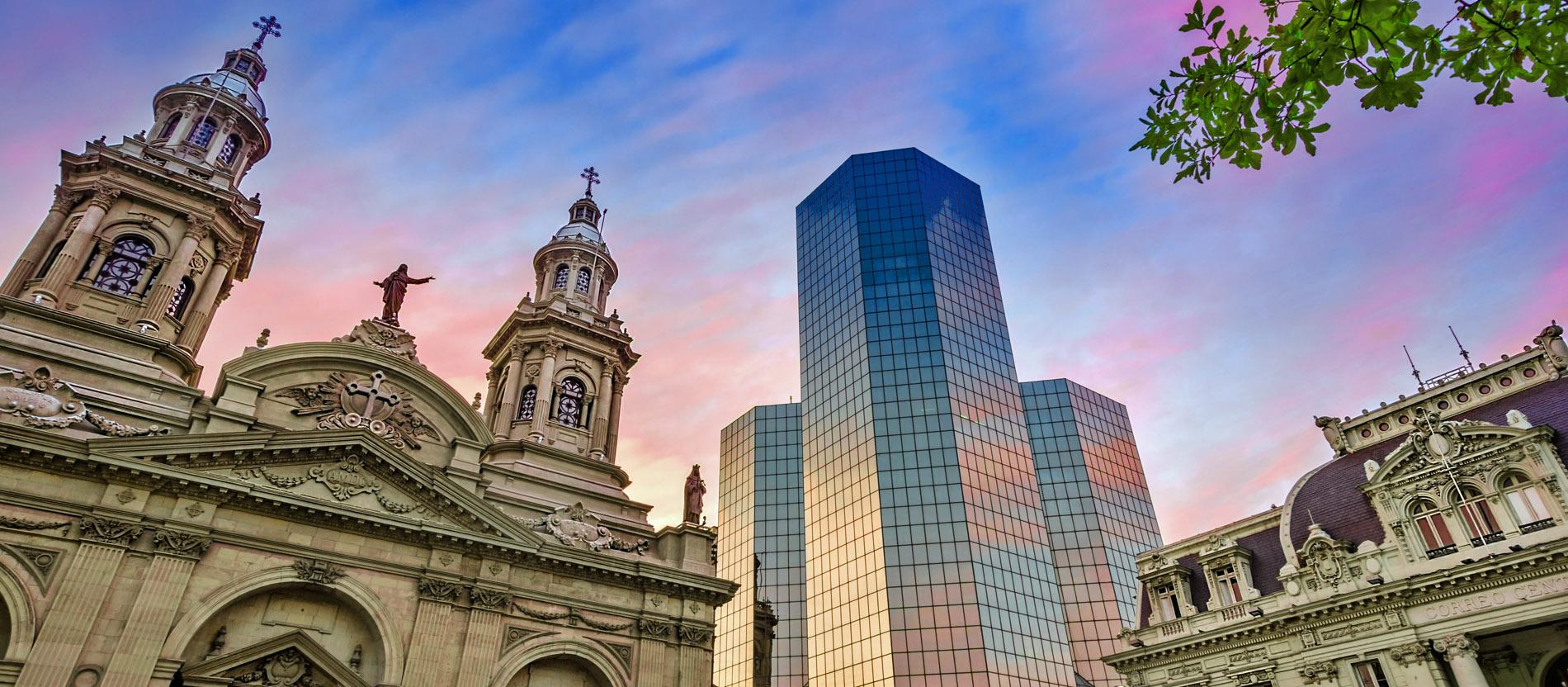 Wegen Missbrauchsvorwürfen Ex Erzbischof Kehrt Nach Chile Zurück