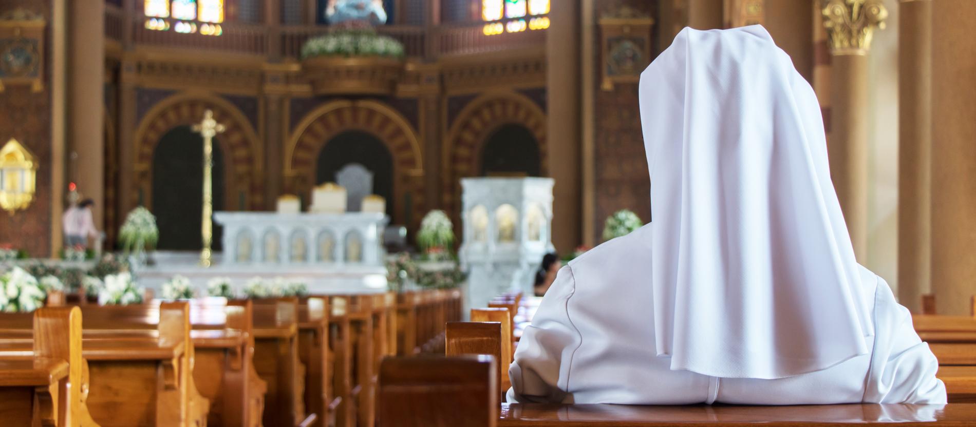 Einer nonne mit sex Eine Nonne