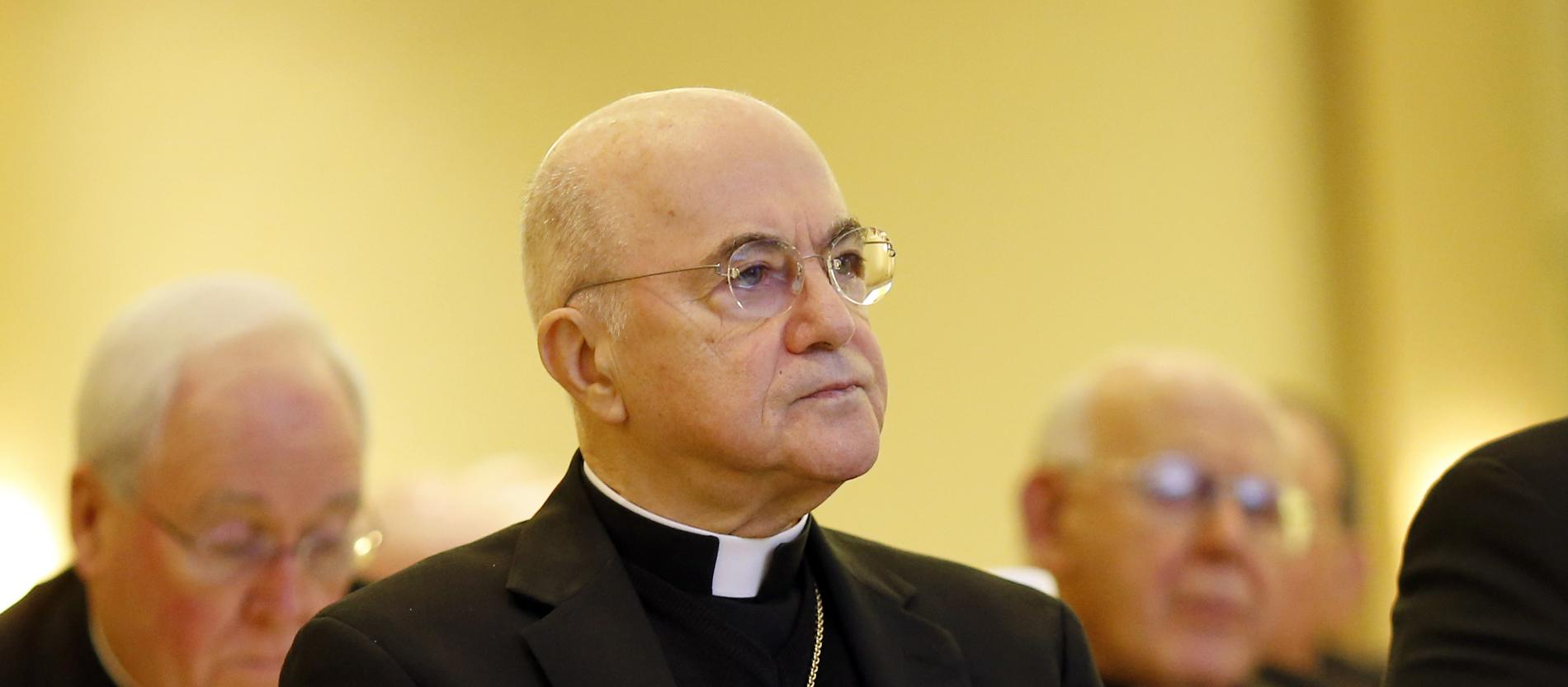 Carlo María Viganò
