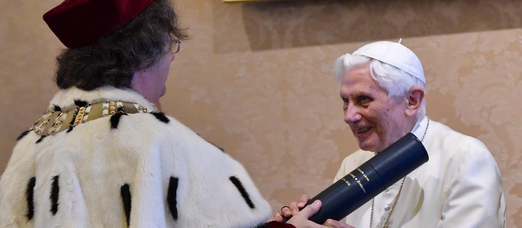 Kevin Manuel Und Papa Francesco Katholisch De