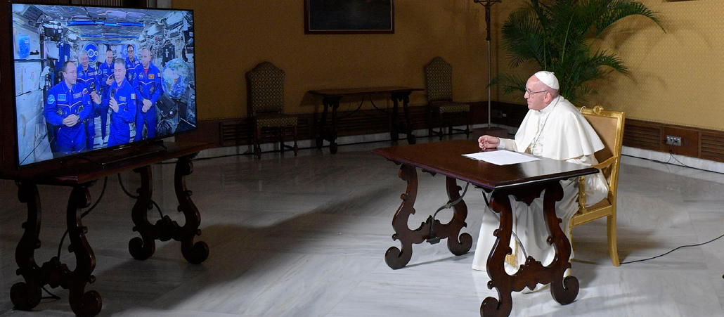 Video-Anruf in 400 km Höhe