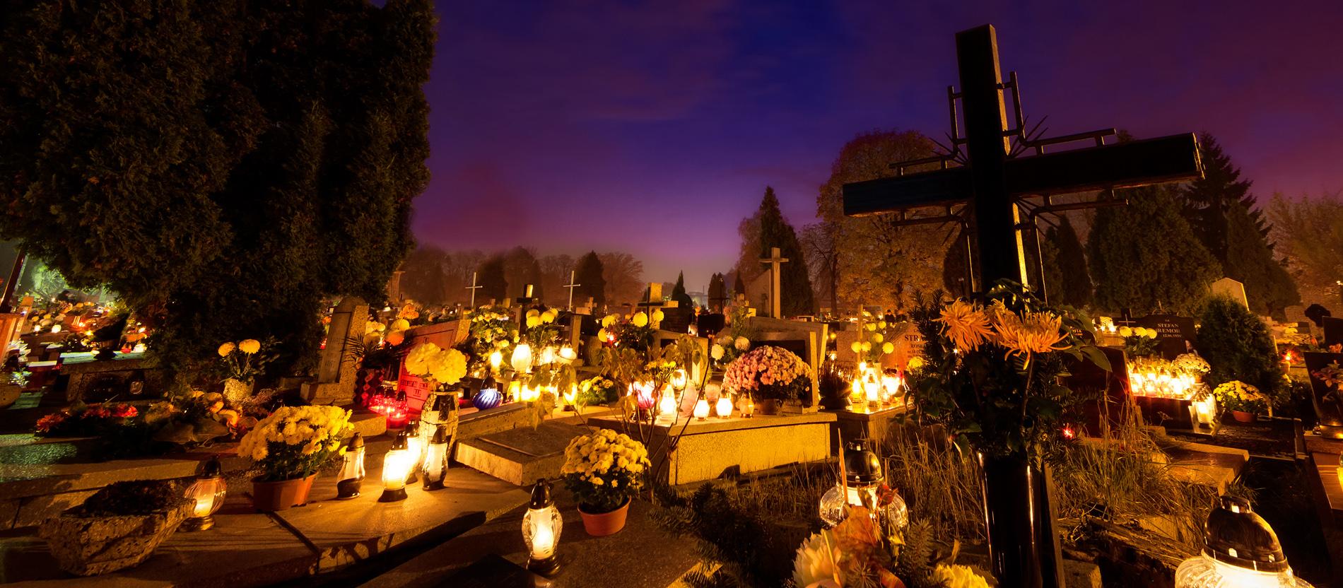 Allerheiligen: Lichter für die Toten - katholisch.de
