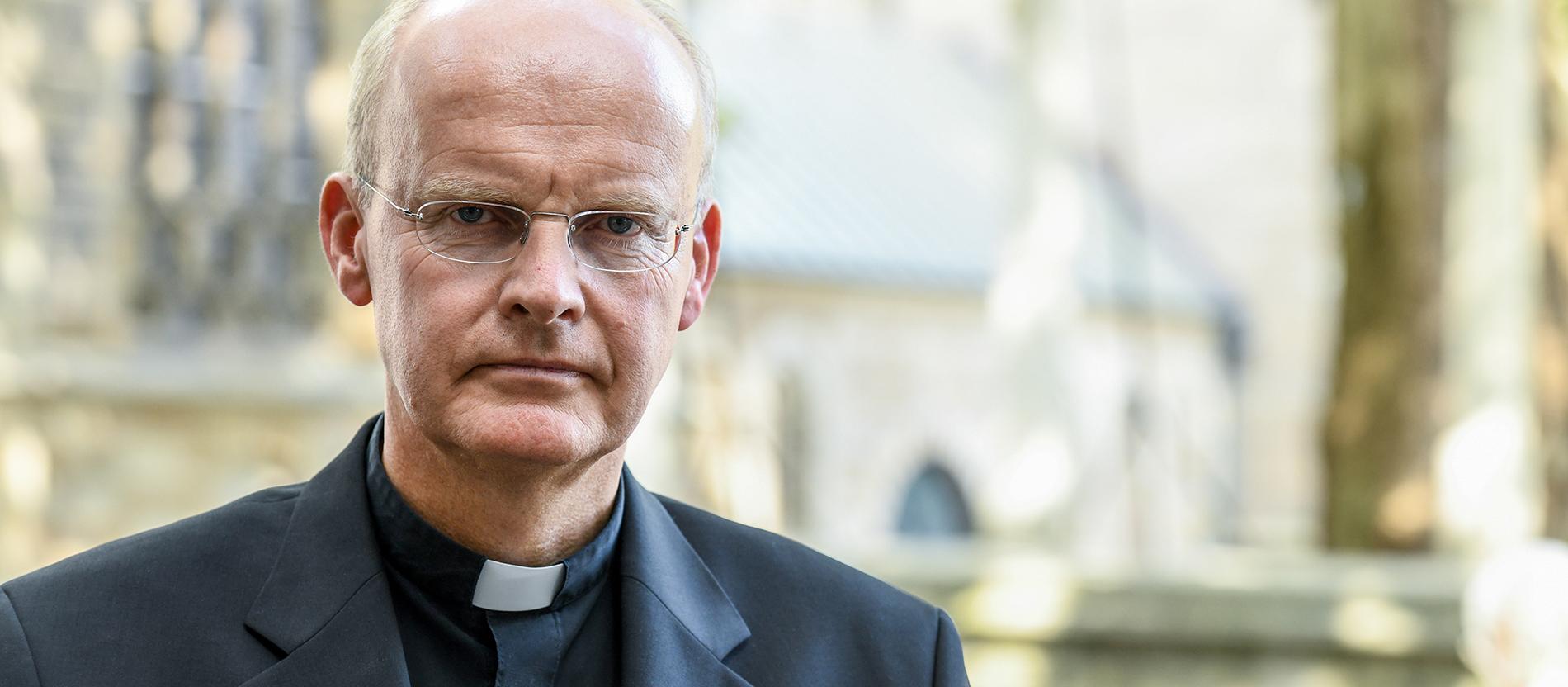 Overbeck Zu Umgang Mit Missbrauch Habe Schuld Auf Mich Geladen Katholisch De