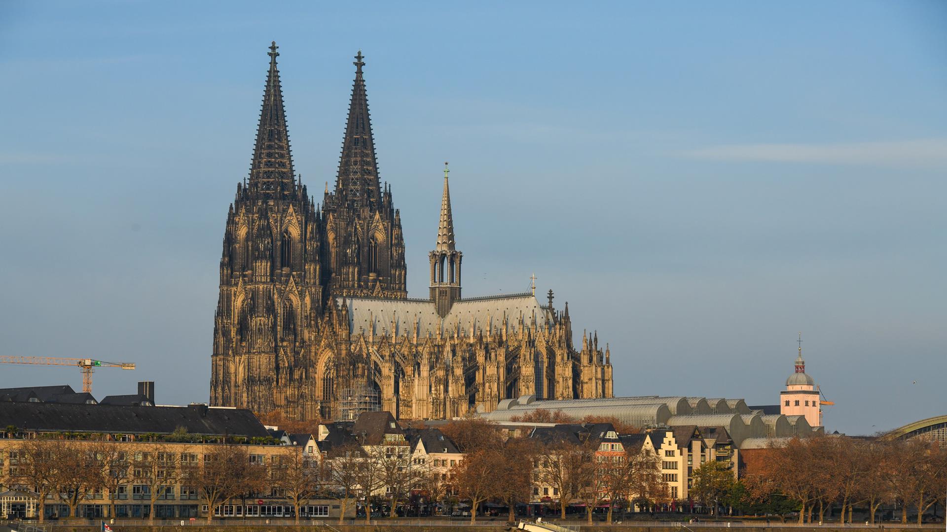 Kölner Dom Messe Sonntag