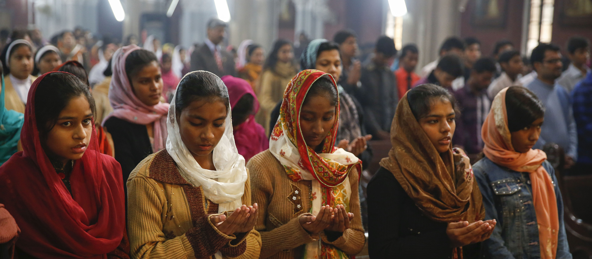 Muslimisches mädchen aus einem christlichen mann