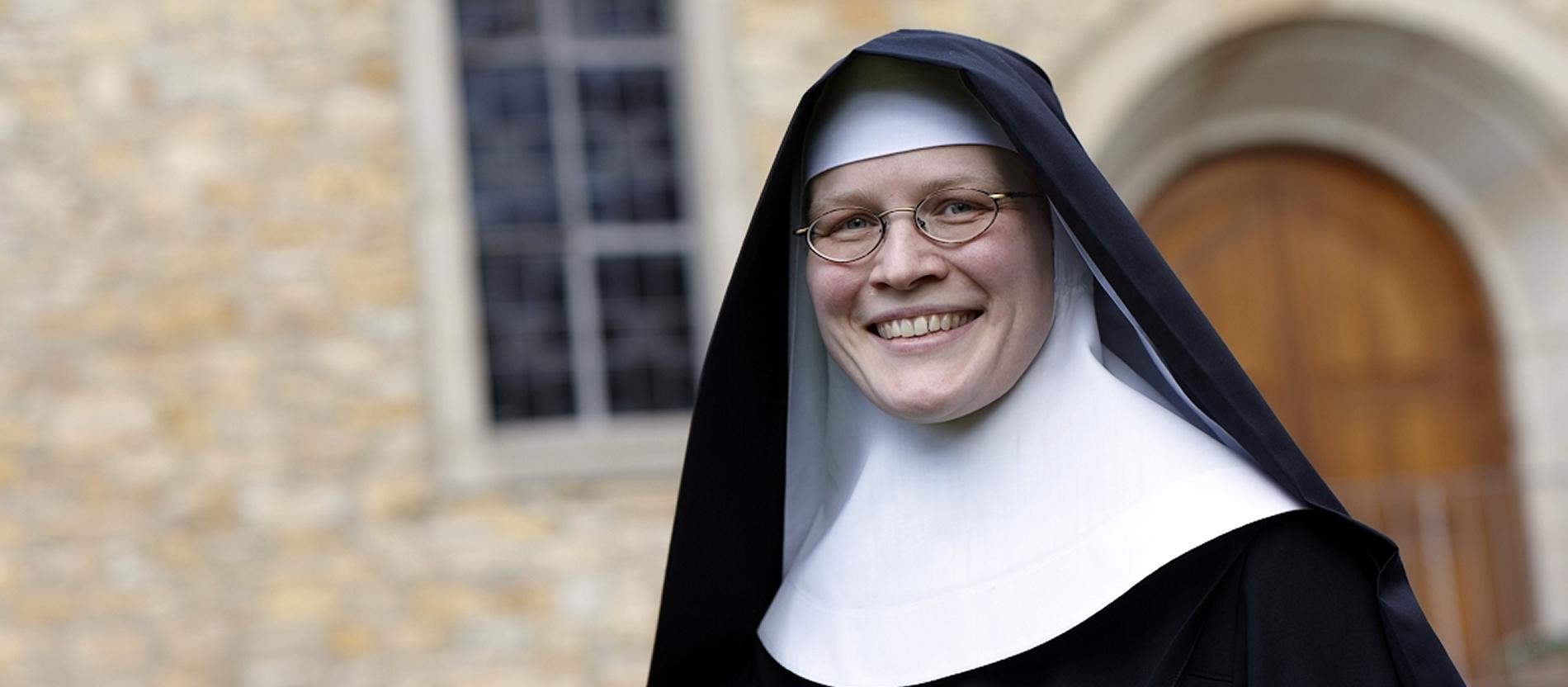 Warum Nicht Jede Ins Kloster Darf Katholischde